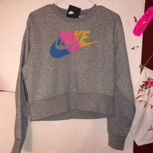 🆕 Nike WOMENS sweatshirt small
